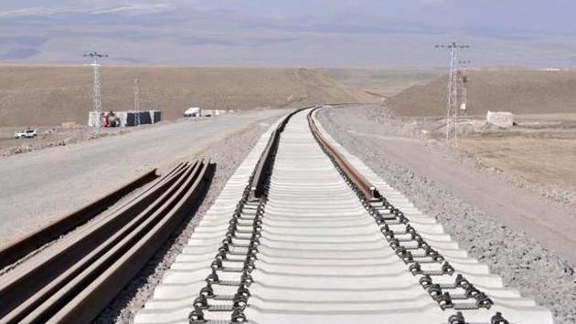 Bakü-Tiflis-Kars Demiryolu Hattı'nda sona yaklaşıldı