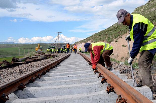 Bakü-Kars-Tiflis Demiryolu Hattı Ağustos'ta hizmete giriyor